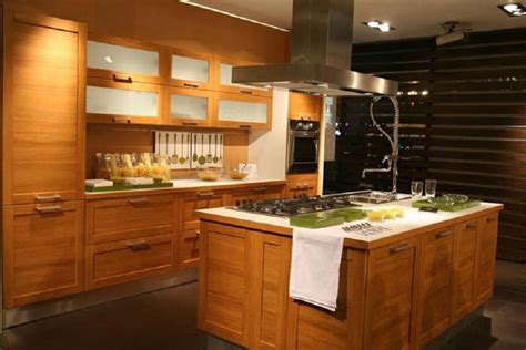 Kitchens With Wood Cabinets China Modern Solid Wood Kitchen Cabinet China Kitchen Cabinet Wooden Furniture