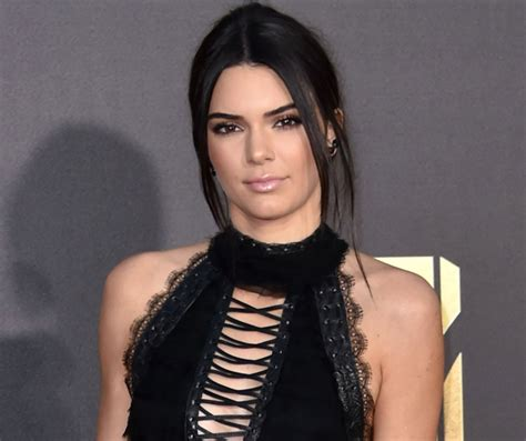 kendall jenner new tattoo the confusing of kendall jenner s missing look