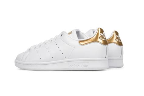 Tas Selempang Adidas Classic Black Check Gold check out the new adidas originals stan smith in quot running white metallic gold quot missbish