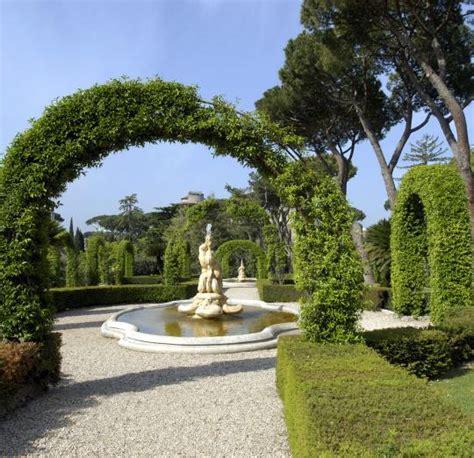 cit 233 du vatican jardins du vatican le guide vert michelin