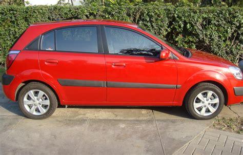 Kia Hatchback 2008 Vendo Kia 2008 Hatchback Equipo Practicamente Nuevo