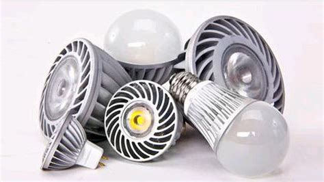 Are Led Light Bulbs Worth The Price Are Efficient Led Bulbs Worth The Price Cnet