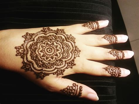 simple henna design youtube mehndi flower www pixshark com images galleries with a