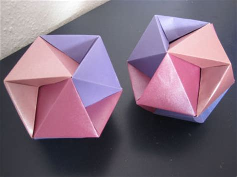 David Mitchell Origami - origami galerie doris lauinger