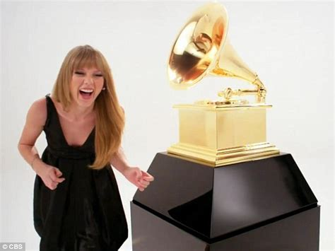 No One Shuts Up Sings At Grammy Awards by Grammy Awards 2012 Tries And Fails To