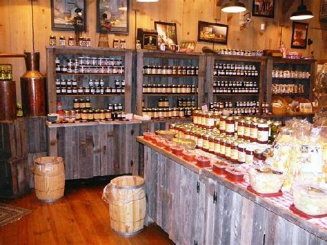 country style shop moonshine ridge country store cafe sevierville tn