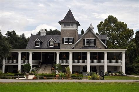 southern plantation style homes plantation style dream home pinterest