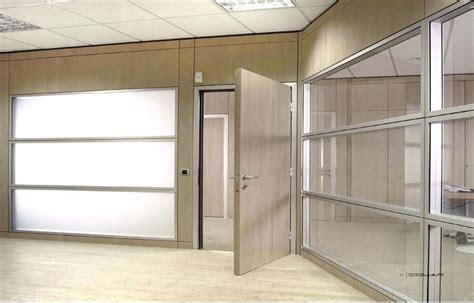 arredamento ufficio prezzi pareti divisorie prezzi sistemi integrati di arredo