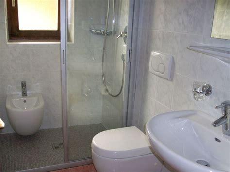 bidet waschbecken ferienwohnung 1 im bauernhof latschenhof 3 blumen