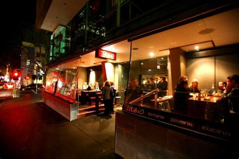 Top Melbourne Bars best bars melbourne rooftop laneway cocktail bars hcs