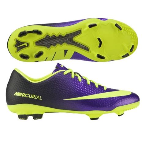 nike football shoes nike soccer cleats best shoe for football players sport