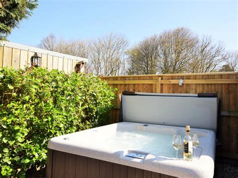 1 Bedroom Cottage Cornwall by 1 Bedroom Cottage In Newquay Friendly Cottage In