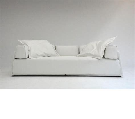 divani sofa dreamfurniture com divani casa iris modern fabric sofa