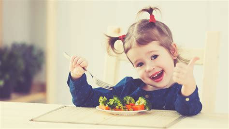 alimentazione bambini 7 anni bambini e alimentazione mangiare sano li rende pi 249