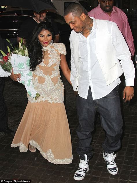 Lil' Kim celebrates pregnancy with 'royal baby shower' in NYC   Daily Mail Online