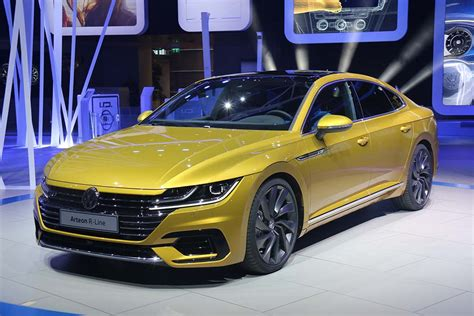 volkswagen arteon 2017 vw goes from concept to production with new arteon