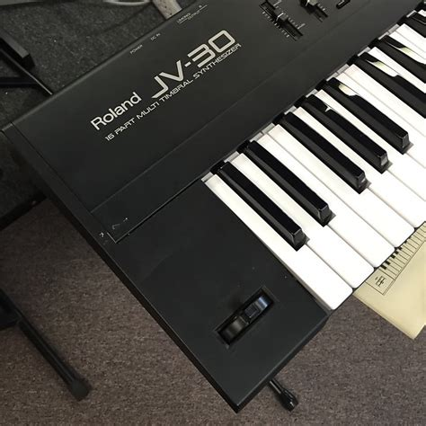 Keyboard Roland Jv30 roland jv 30 61 key synthesizer keyboard reverb
