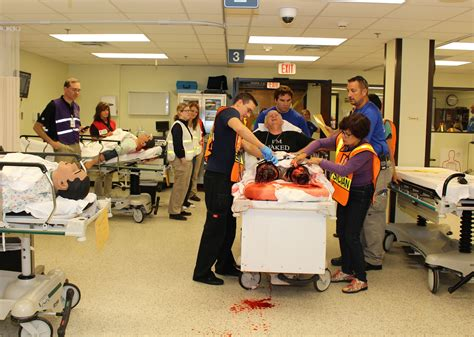 loma hospital emergency room team from loma health receives specialized disaster at fema s center