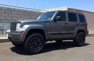2012 Jeep Liberty Tire Size Best 25 Jeep Commander Lifted Ideas On Jeep