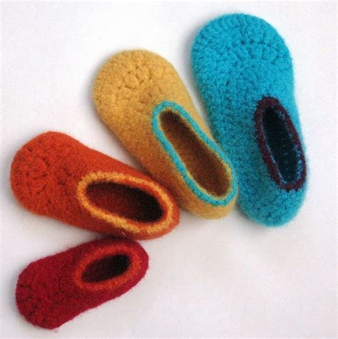 children house shoes easy felted crochet kids slippers pattern by sarah lora