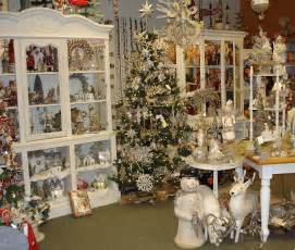 Vintage Christmas Home Decor by Traditions Store Photos