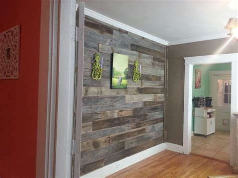 reclaimed barnwood wall from tennessee wood flooring in
