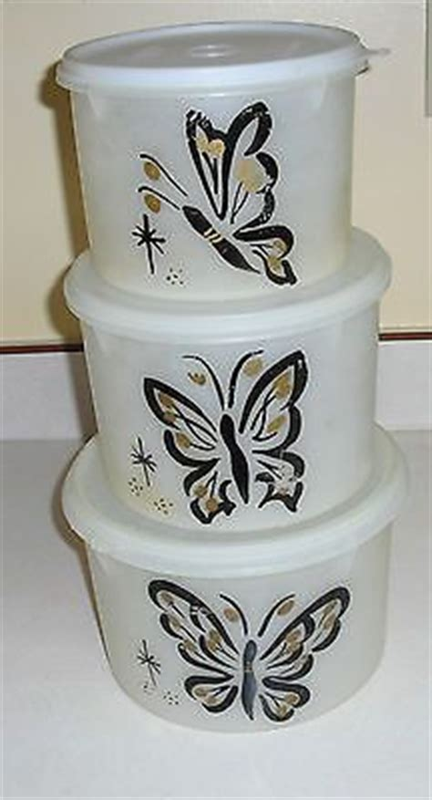 Tupperware Butterfly Canister vintage pink tupperware pie holder storage carousel lazy