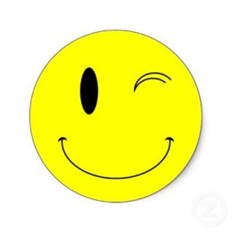 winking smiley face clipart clipart suggest winking smiley face clip art clipart panda free
