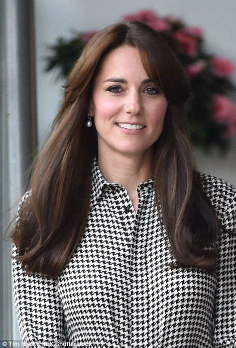 latest hairstyles 2015 daily mail kate middleton shows of new fringe hairstyle as she
