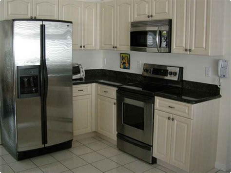 refaced kitchen cabinets cost of refacing kitchen cabinets reface kitchen ideas