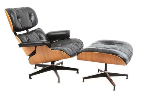 Eames Herman Miller 670 Lounge Chair & Ottoman   red