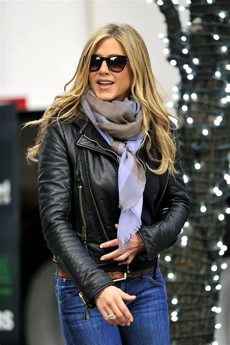 aniston patterned scarf aniston