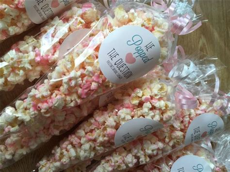 Popcorn Baby Shower Theme by Best 25 Popcorn Favors Ideas On Baby