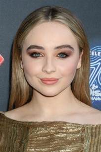 sabrina carpenter hair color demi lovato hairstyle with side bangs hairstyles