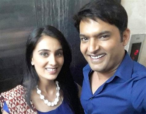 sai lokur debut sai lokur and kapil sharma to debut in film kis kisko