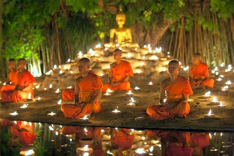 festivals  cambodia  peek   rich culture   year