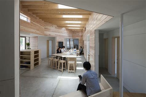 house sharing cocrea bews building environment workshop archdaily