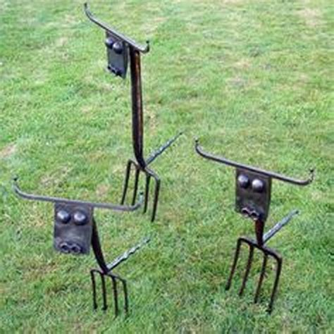 recycled metal garden decor ideas recycled things