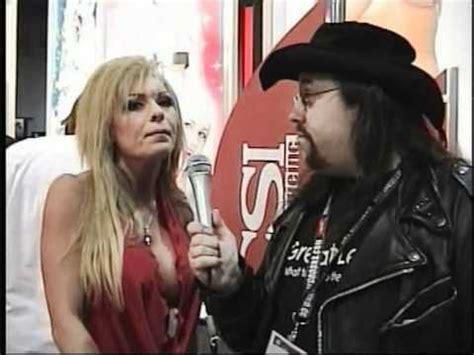 tylene buck backyard wrestling major guns tylene buck shoot interview 2008 youtube
