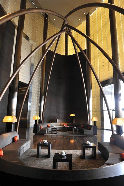 armani dubai what makes armani hotel dubai the world s most luxurious
