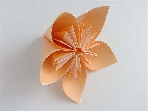 How To Make Paper Folding Flower - origami kusudama flower doovi