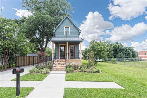 waco home show fixer upper shotgun house for sale in waco for 950 000