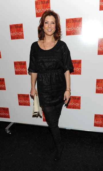 Even Kate Walsh Looks Unsexy In A Tent Dress by Ecco Domani Fashion Foundation Backstage Fall 2010