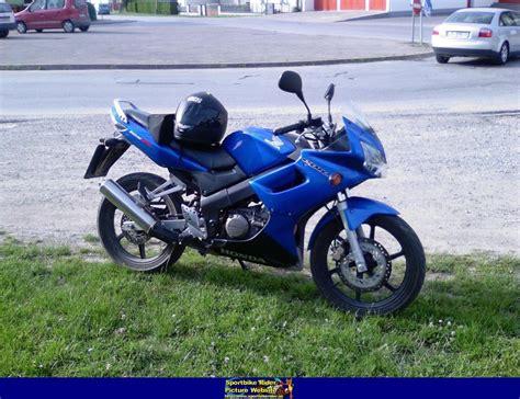 honda cbr 125r 2005 honda cbr125r moto zombdrive com