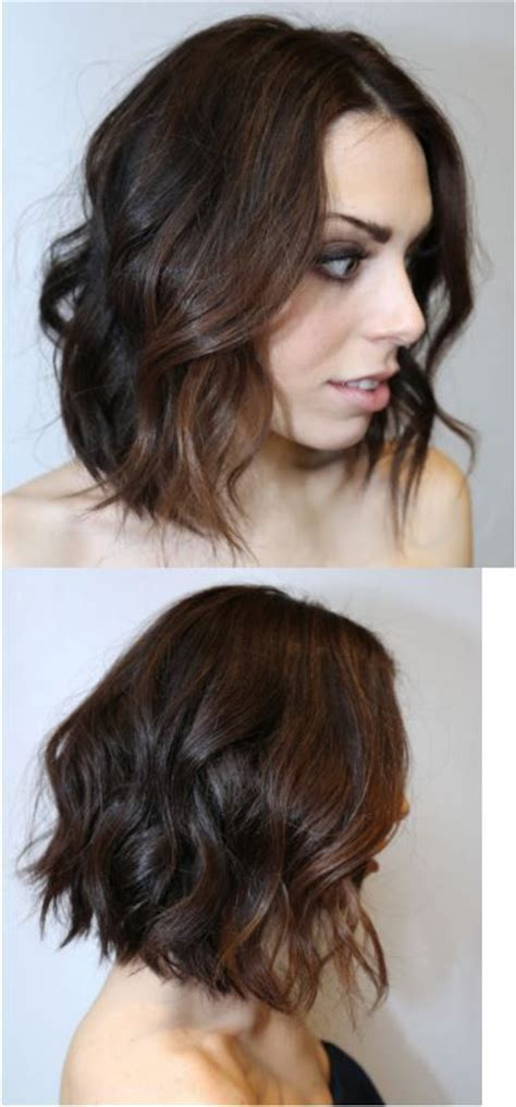 textured end bobs angled bob with textured ends les cheveux courts et mi