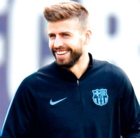gerard pique shakira refutes being pregnant for third time with gerard