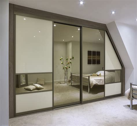 Sliding Wardrobes World by Sliding Wardrobe Gallery S 9 Sliding Wardrobe World
