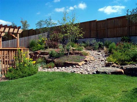 Landscaping Backyard by Ideas Gravel Ideas For Backyard Landscaping With Grass