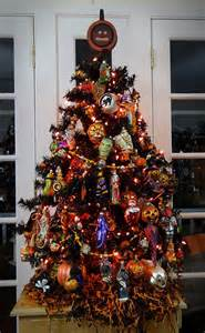 Halloween And Christmas Decorations 25 Best Ideas About Halloween Christmas Tree On Pinterest