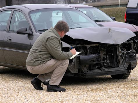 Insurance Company: Auto Insurance Adjuster